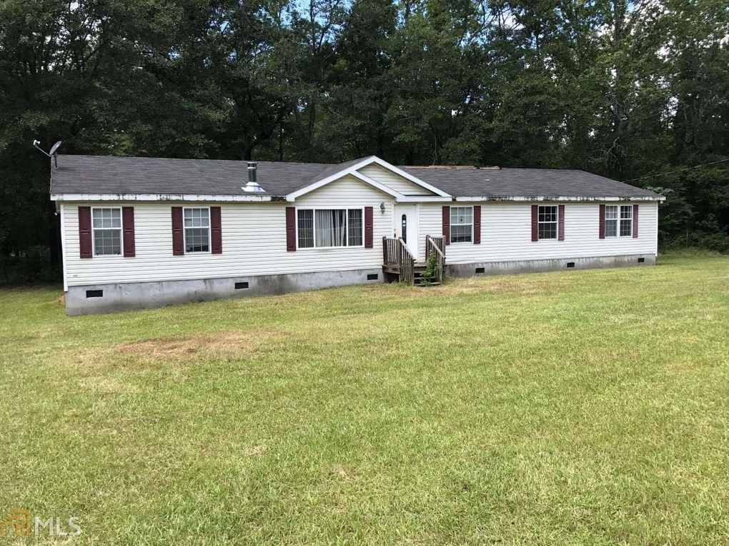 3402 Union Point Rd, Union Point, GA 30669