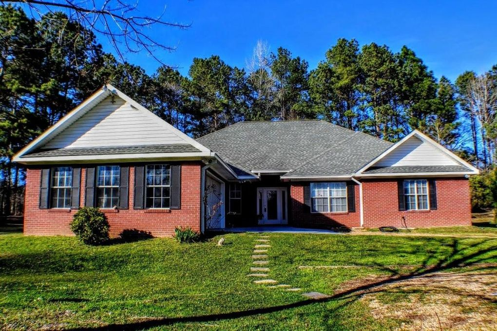 664 Nobles Rd, Sumrall, MS 39482
