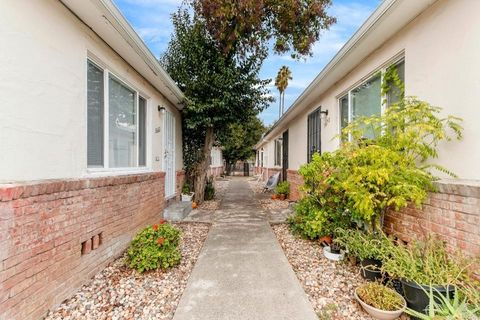 Photo of 3656 5th Ave, Sacramento, CA 95817