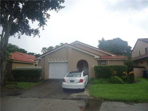 17336 Nw 62nd Pl, Hialeah, FL 33015