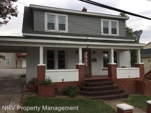 Photo of 104 Madison St, Radford, VA 24141