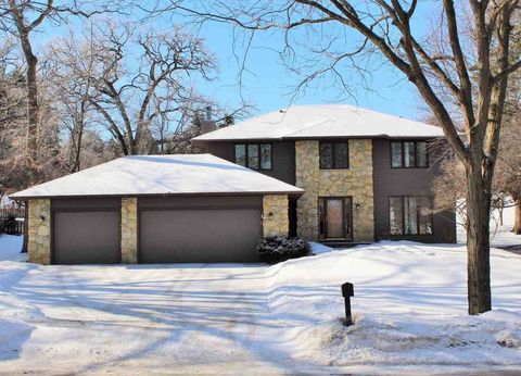Photo of 1214 N Westfield Rd, Madison, WI 53717