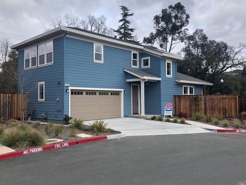 Photo of 109 Grayson Way, Healdsburg, CA 95448