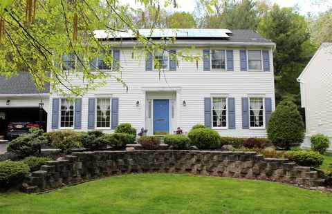 Photo of 16 Pine Ave, Cohoes, NY 12047