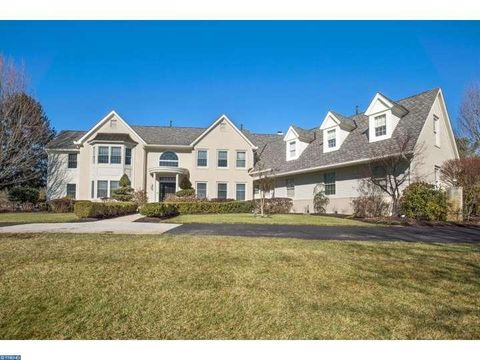 715 Brandywine Dr, Moorestown, NJ 08057