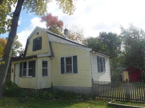 Photo of 34 Dunbar St, Springfield, MA 01118