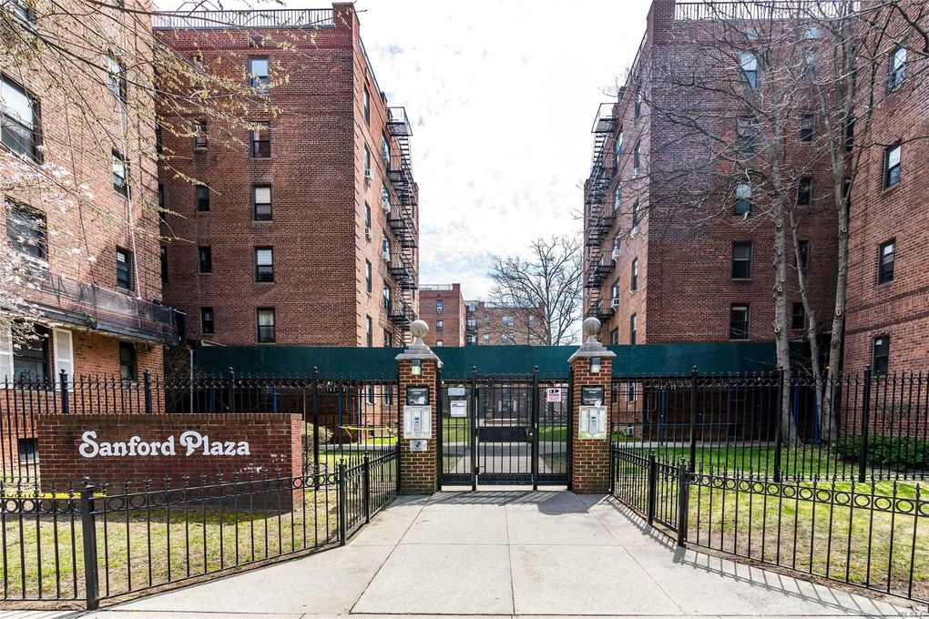 144-54 Sanford Ave Unit 55 Flushing, NY 11355