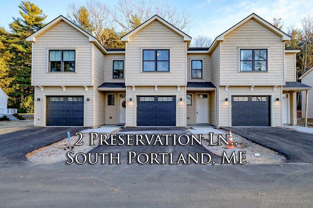 Charmant 590 Highland Ave # 2, South Portland, ME 04106