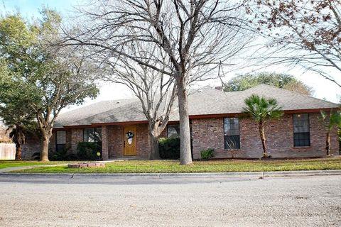 116 Cottonwood, Uvalde, TX 78801
