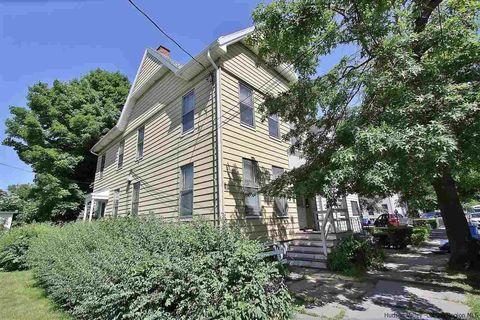Photo of 194 Clinton Ave, Kingston, NY 12401