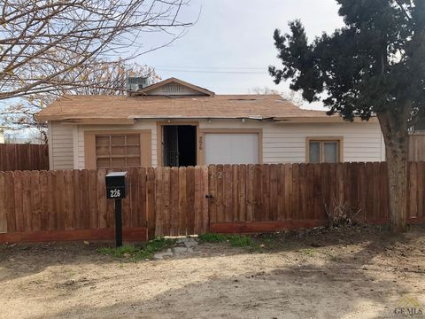 Photo of 226 Olive Ave, Taft, CA 93268