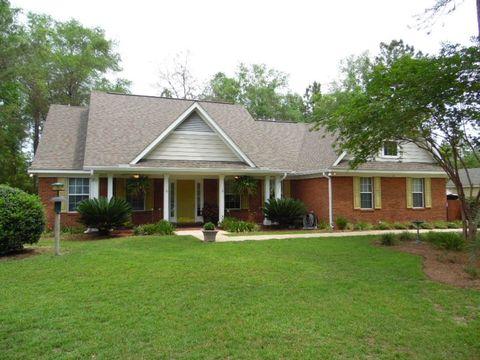 10 Saddletree Trl, Crawfordville, FL 32327