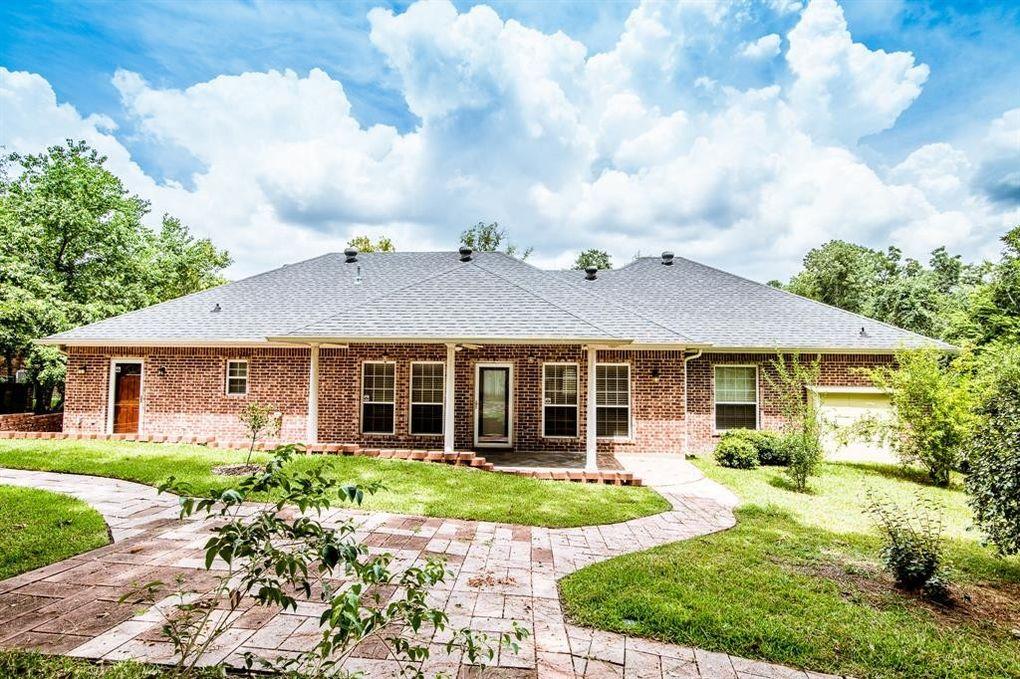 2603 Chimney Rock Rd Huntsville, TX 77320