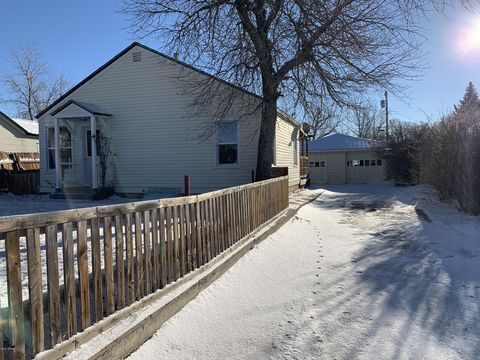 Photo of 133 3rd Ave Nw, Cut Bank, MT 59427