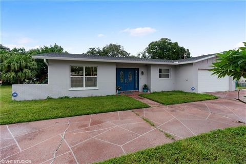 Beautiful 1332 S Keene Rd, Clearwater, FL 33756. House For Sale Images
