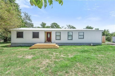 Benchley, TX Mobile & Manufactured Homes for Sale - realtor.com® on weather bryan tx, insurance bryan tx, restaurants bryan tx, manufactured homes bryan tx,