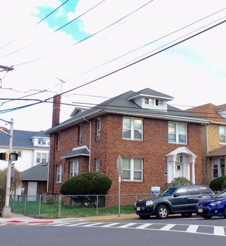 8130 Kennedy Blvd, North Bergen, NJ 07047