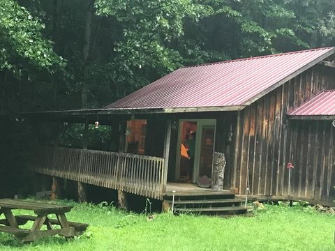 13791 Highway 197 N, Green Mountain, NC 28740