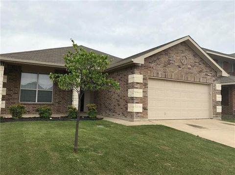 Photo of 2128 Franks St, Fort Worth, TX 76177