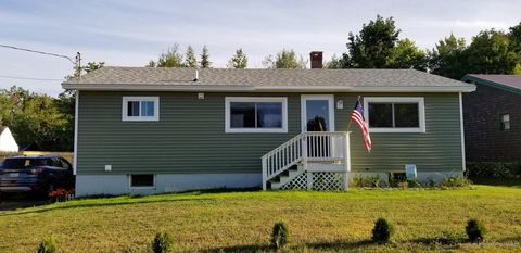 Photo of 81 Call Rd, Milford, ME 04461