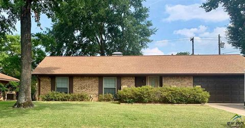 Photo of 1208 Foxglove, Tyler, TX 75703
