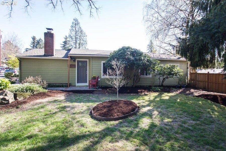 8820 Sw Garden Home Rd, Portland, OR 97223
