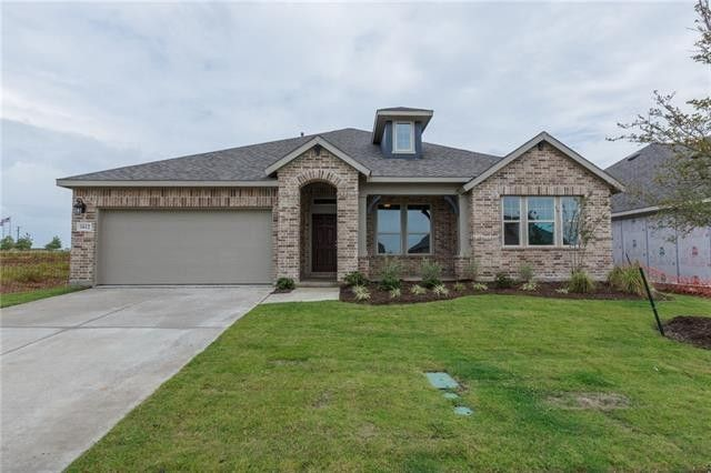 1612 Yellowstone Dr, Forney, TX 75126