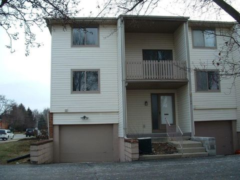 2165 Olympic St, Springfield, OH 45503