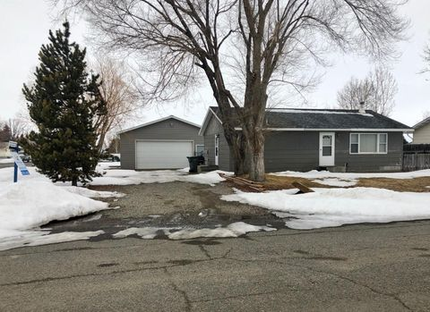 Photo of 700 E Riggs St, East Helena, MT 59635