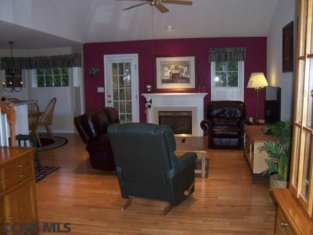 2465 Circleville Rd Unit 104, State College, PA 16803