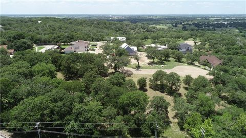 116 Kathleen Ave, La Grange, TX 78945