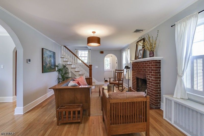 75 Valley View Dr, Morristown, NJ 07960