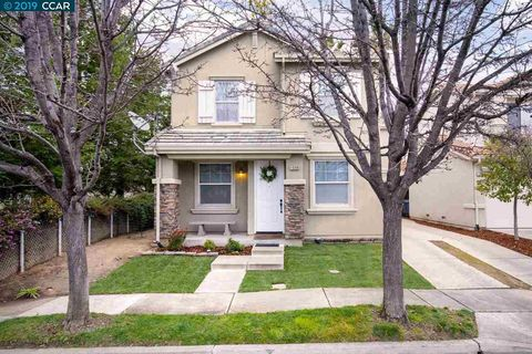 Photo of 1098 Gardenia Ln, Concord, CA 94520