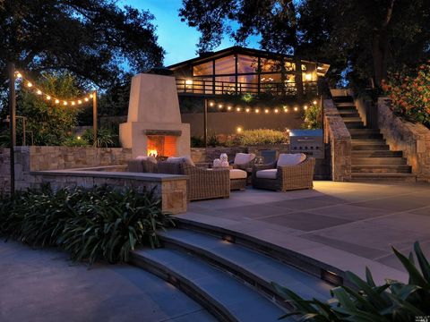 434 Stonecrest Ct, Santa Rosa, CA 95404