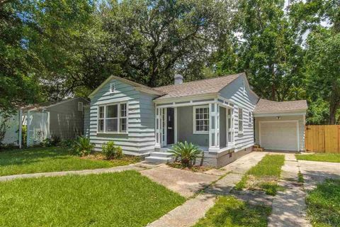 Photo of 602 W Lakeview Ave, Pensacola, FL 32501