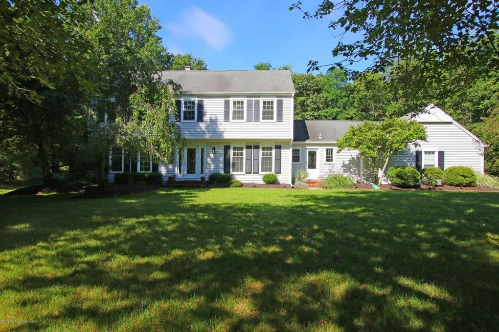 colts neck jewish singles Kingsbrook estates single family homes in colts neck, nj 07722.