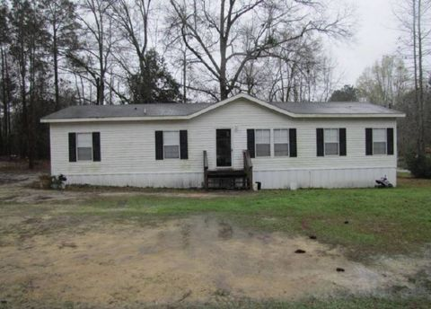 Photo of 202 Allen St, Twin City, GA 30471. Mfd/Mobile Home