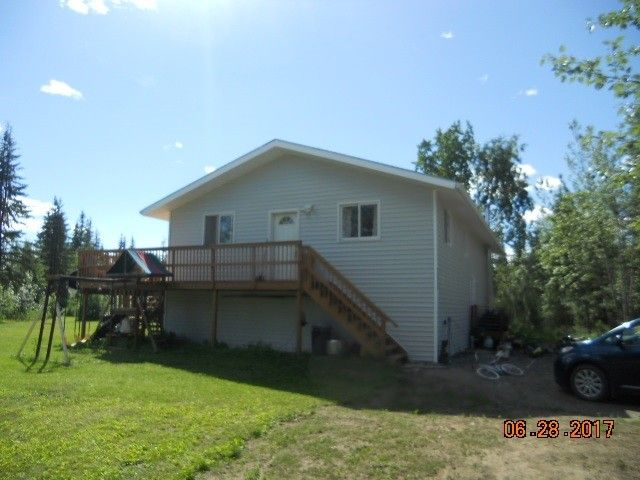 3537 Sharon Rd, North Pole, AK 99705