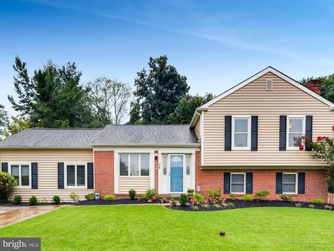 Photo of 34 Norwick Cir, Lutherville Timonium, MD 21093