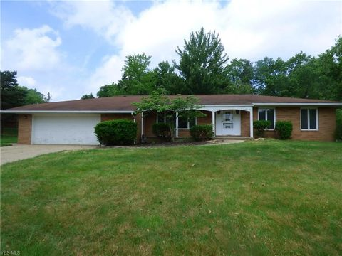 Photo of 5551 Millwood Dr, Broadview Heights, OH 44147