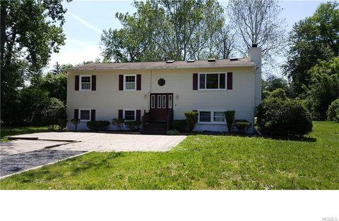 5 Hill Run Rd, Newburgh, NY 12550