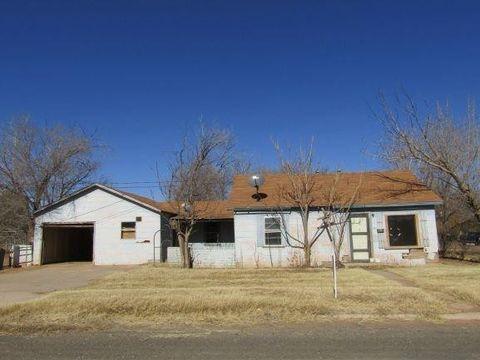 Photo of 411 E Fillmore Ave, Morton, TX 79346