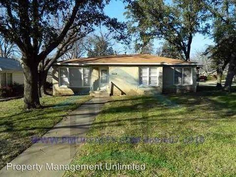 Photo of 315 Parkview Dr, Arlington, TX 76010
