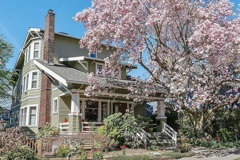 Photo of 5717 Palatine Ave N, Seattle, WA 98103