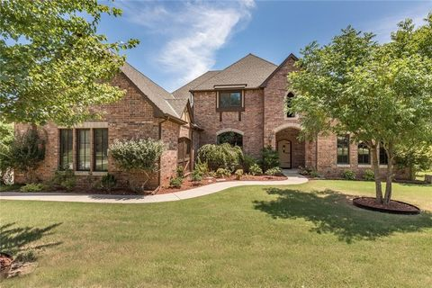 Photo of 3808 Creek Bend Rd, Edmond, OK 73003