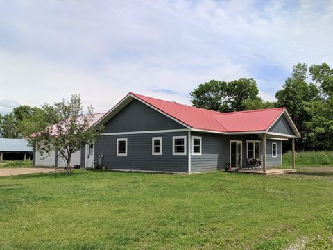 Photo of 11388 340th St, Eagle Bend, MN 56446