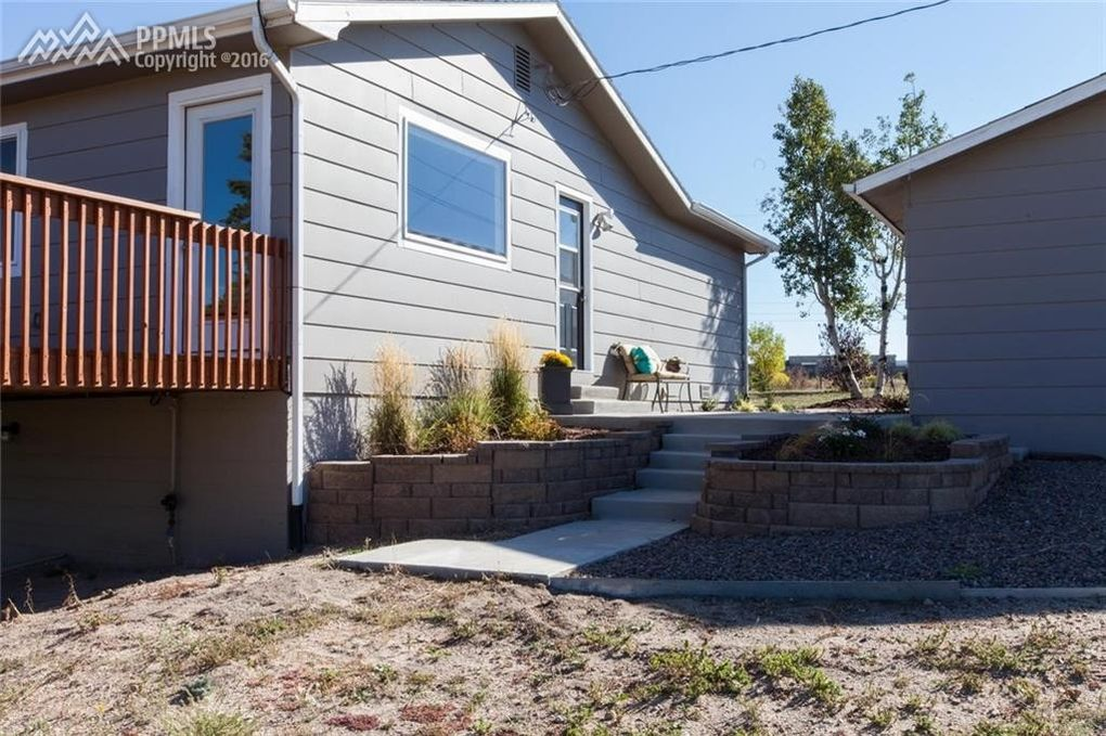 16050 Old Denver Rd Monument Co 80132 Realtor Com 174