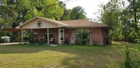 201 Jefferson St, Lone Star, TX 75668