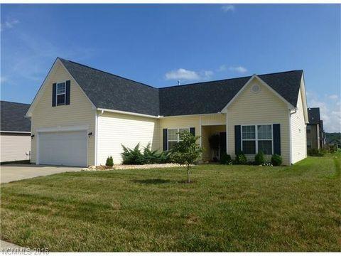 366 W Swift Creek Rd, Fletcher, NC 28732