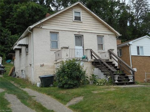 148 Beverly Ave, Weirton, WV 26062